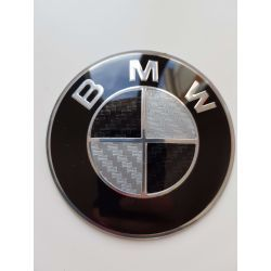 EMBLEMA BMW 68MM BLANCO Y NEGRO CARBON